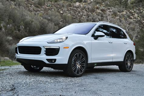 2017 Porsche Cayenne S One Weekend Review