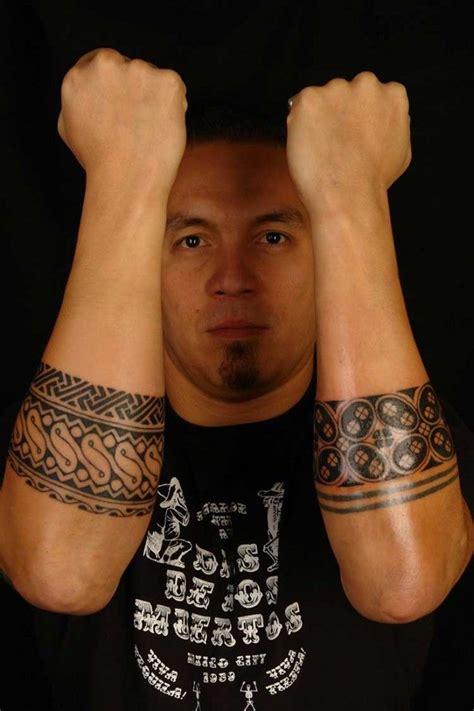tatouage nordique avant bras