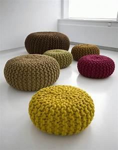 Pouf Tricot Jaune : le pouf design vous tente d couvrez nos suggestions originales ~ Teatrodelosmanantiales.com Idées de Décoration