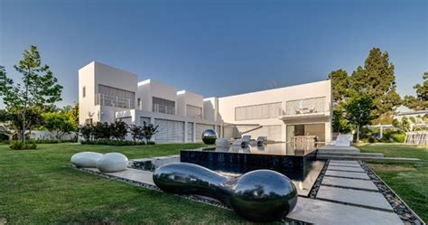 Segmented Cubes Residence Israel by Segmented Cubes Residence Israel