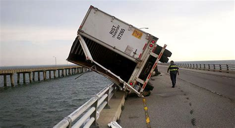 Boat Accident Virginia Beach by Inches From Death In Storm Trucker Lives To Tell Tale