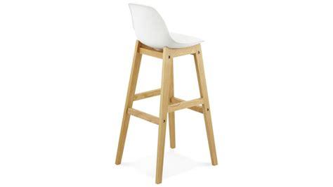 chaise longue en teck ring tabouret de bar blanc pied bois naturel