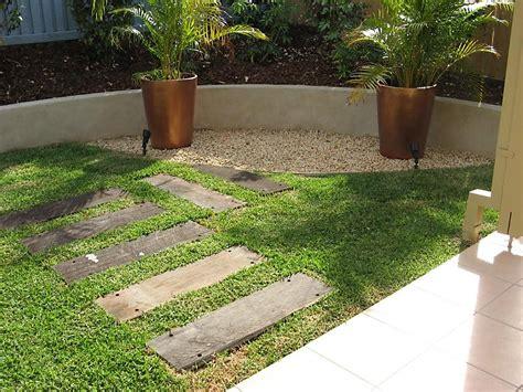landscaping barriers formboss