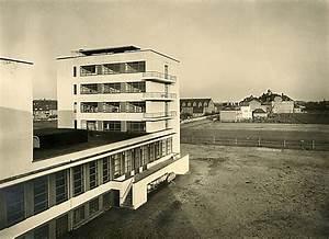 Bauhaus Architektur Merkmale : das bauhausgeb ude von walter gropius 1925 26 bauhausgeb ude stiftung bauhaus dessau ~ Frokenaadalensverden.com Haus und Dekorationen