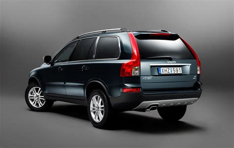 volvo xc executive   refined luxury  class