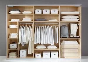 Dressing Ikea Prix : 4 astuces pour optimiser votre dressing ideeco ~ Teatrodelosmanantiales.com Idées de Décoration