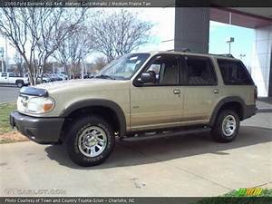 2000 Ford Explorer Xls 4x4 In Harvest Gold Metallic Photo