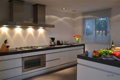 cuisine ultra moderne lafitenia resort location de villa de luxe vue mer à