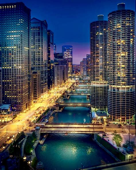 Pin by Bryan T Norris on CHICAGO | Downtown chicago ...