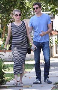 Topher Grace and Ashley Hinshaw Grace Expecting First