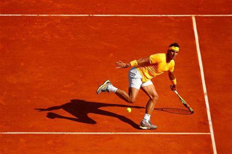 Novak Djokovic beats Rafael Nadal to reach Wimbledon final - BBC Sport