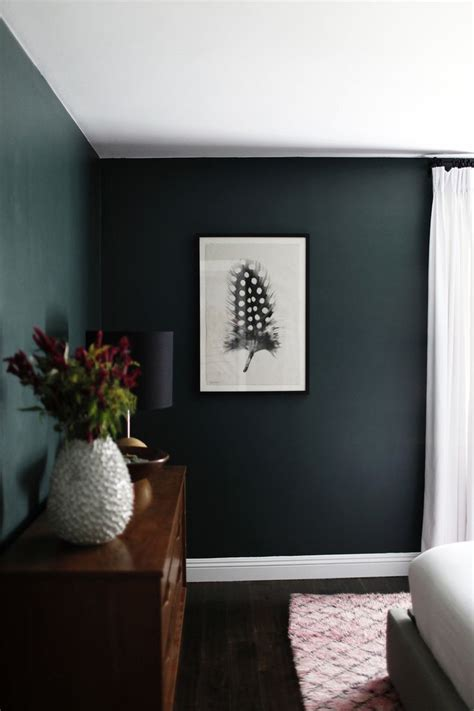 dark green walls  minimalist bedroom green bedroom