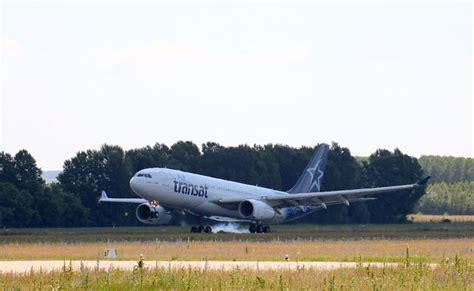 air transat arrives in budapest