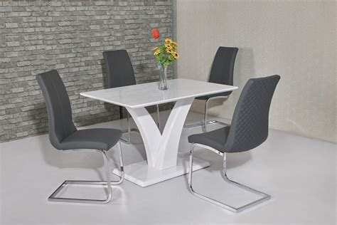White Dining Table And Chairs by White Glossy Dining Table And 4 Grey Chairs Homegenies