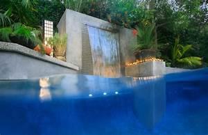 Piscine Avec Cascade : jardin piscine avec cascade qui accompagne parfaitement ~ Premium-room.com Idées de Décoration