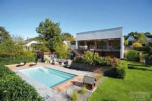 garten mit pool highlight schwimmbecken actofinfo With französischer balkon mit garten schwimmbecken