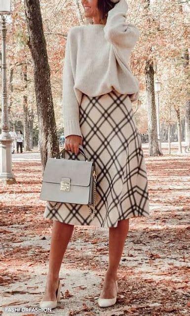 Купить женскую одежду больших размеров для полных женщин в интернетмагазине Фабрика Моды