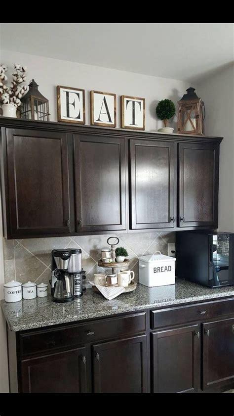 farmhouse kitchen cabinets decor ideas   budget