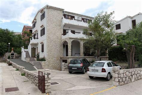 Appartamenti A Pag by Appartamenti A Pag Spazio