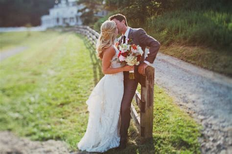 perfect wedding kiss pictures   images
