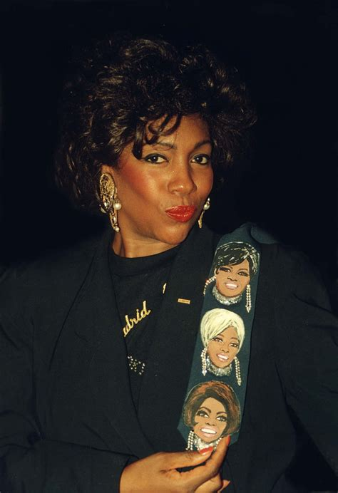 mary wilson singer wikipedia
