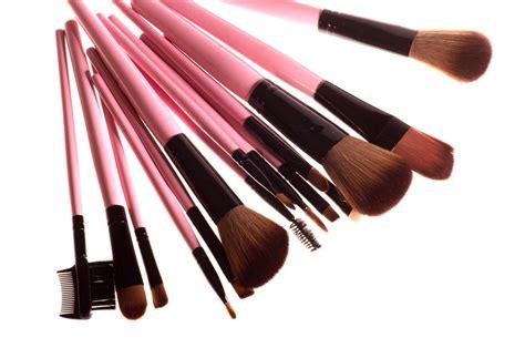 Кисти для макияжа виды назначение и уход. как правильно выбрать . уроки макияжа . яндекс дзен