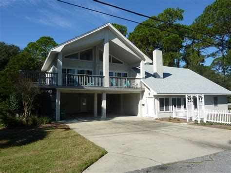 Capn Daddys Cottage 3 Bedrooms 35 Baths Homeaway