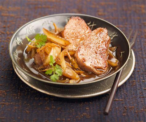 comment cuisiner du sauté de porc astuces du chef cyril lignac filet mignon de porc sauté
