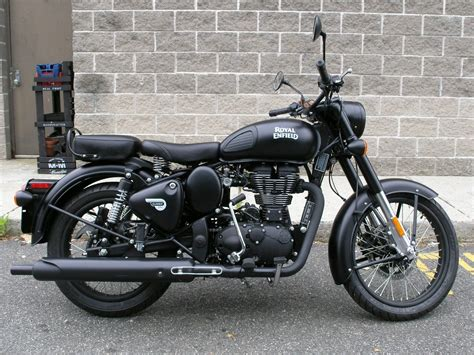 Enfield Classic 500 Picture by Royal Enfield Classic 500 Stealth Black Pictures