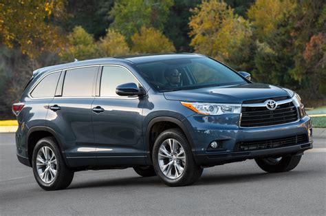 2014 Toyota Highlander Recalled For Seat Belt Issue