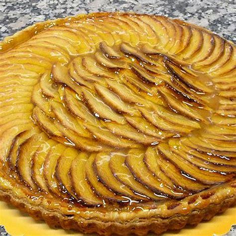 tarte aux pommes au pli 233 boulanger p 226 tissier chocolatier 224 ploumilliau