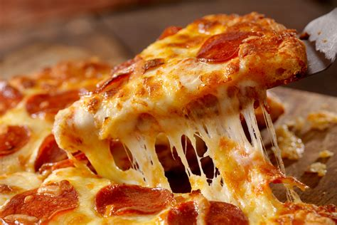 National Pizza Day 2019 Deals From Pizza Hut, Papa John's