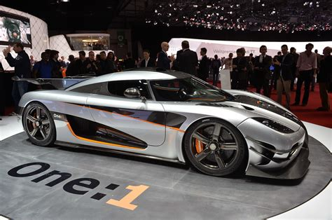 koenigsegg one koenigsegg agera one 1 geneva 2014 photo gallery autoblog