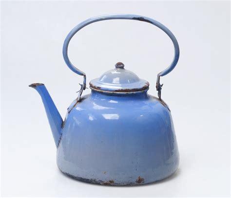 objet de cuisine bouilloire vintage objet décoratif retro ée 40