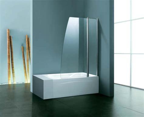 badewanne mit dusche kombiniert duschwand f 252 r badewanne sorgt f 252 r mehr stil und komfort
