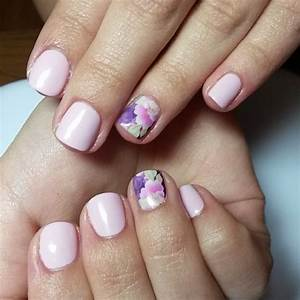 Image Gallery Light-pink Manicure