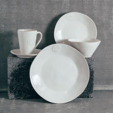 Forum White Dinnerware Sets   Relish Decor