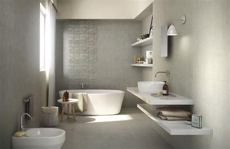 idee piastrelle bagno idee rivestimento bagno per ambienti di stile consigli