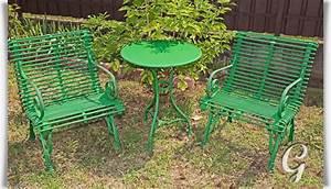 Gartentisch Rund Metall Antik : runder garten tisch pelage aus metall ~ Yasmunasinghe.com Haus und Dekorationen