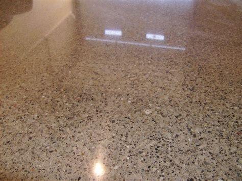 Interior Design Cream Polished Concrete Floor With Black