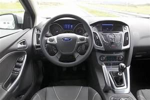 Ford Focus 1 : ford focus 1 0 ecoboost titanium 2013 autotest ~ Melissatoandfro.com Idées de Décoration