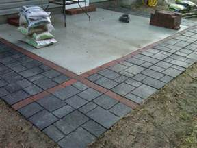 Concrete Patio with Pavers