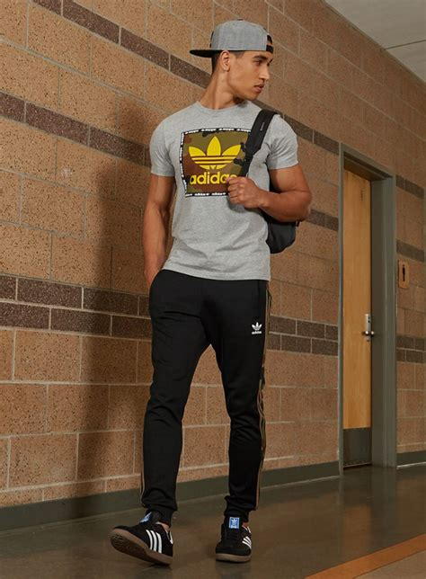 Stay on trend in the latest looks and collections from adidas Originals. | Looks for Him ...