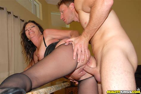 Margo_sullivan Doing_it_big Milfhunter