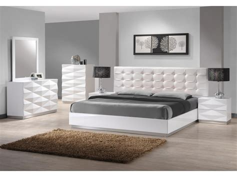 White Leather Bedroom Furniture