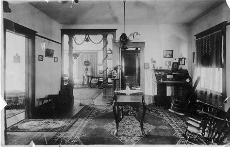 ahtm interior  victorian house