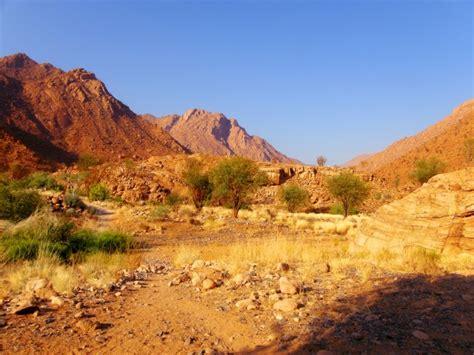 rocky desert landscape  stock photo public domain