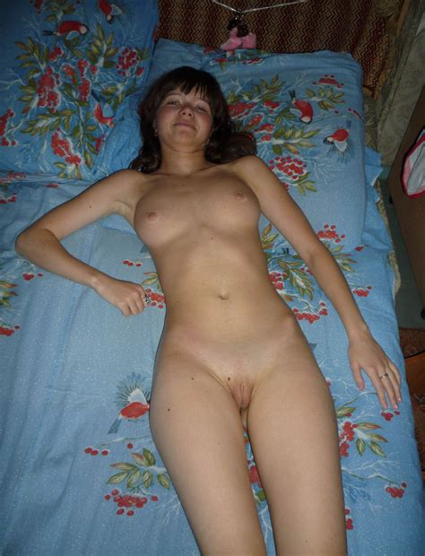 Busty Naked Girl In Bed Russian Sexy Girls