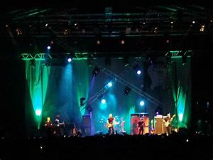 Clay Paky Clay Paky Lights The Bryan Adams Concert At Doha