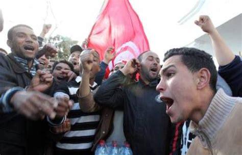 consolato tunisia a assaltarono il consolato 13 tunisini a processo per